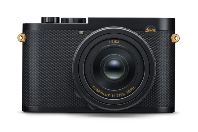 Leica Q2 - Daniel Craig x Greg Williams